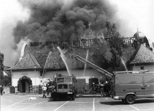 _-small-feuer-vernichtet-das-kino-1982-08-12